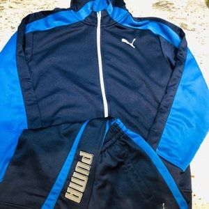Puma jogger set!  Like new!